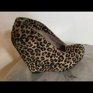 "Matiko ""Jovanna"" Asymmetrical Pony Hair Wedges 7 M"